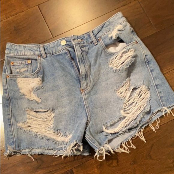 Topshop Pants - Topshop Moto Mom Distressed Jean Shorts